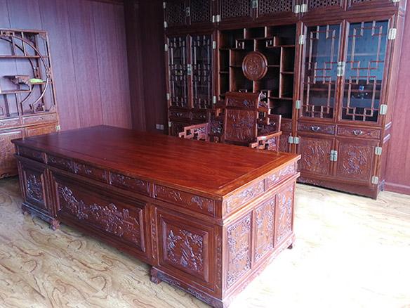 1.8米班台办公桌
